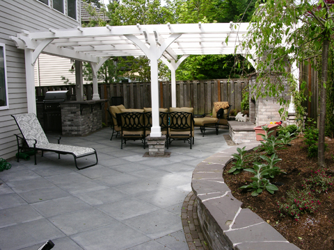 A Backyard Makeover in a Weekend - Chris Loves Julia |Backyard Makeovers